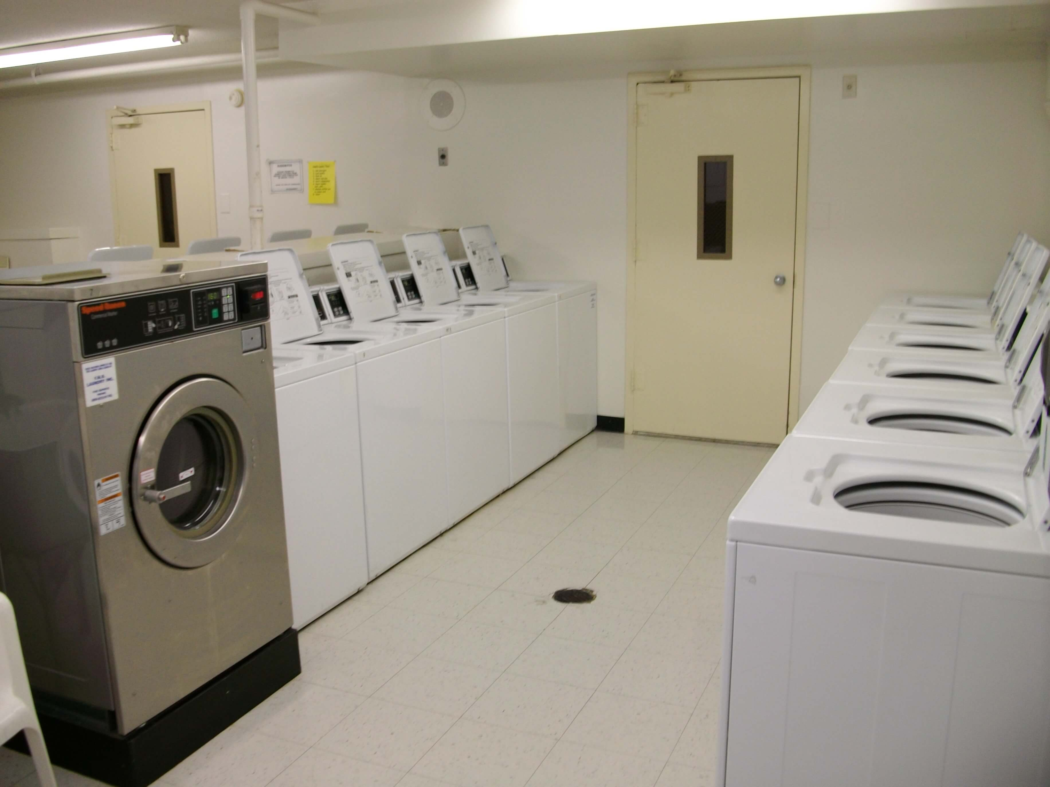 Reasons to Offer Laundry Services At Your Business